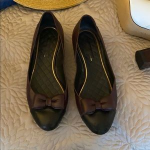 Bow Chanel flats. Maroon and black size 40